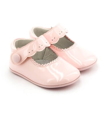 dbeb273ca7dc7 boni-livia-chaussons-bebe -cuir-vernis-souple.jpg scale.width 368 scale.height 420 canvas.width 368 canvas.height 420