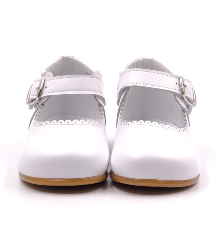31e35b3ae5a473 Boni New Isabelle - chaussure bebe fille blanche